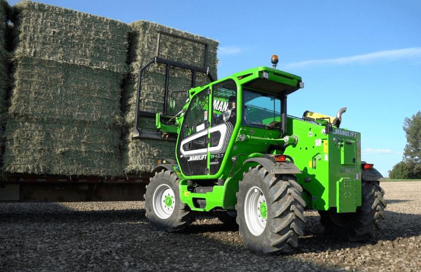 Le foin de S5 Farms fait le tour du monde, grâce au Merlo